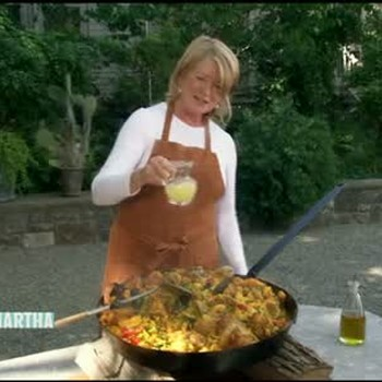 How to Make Paella Over a Wood Burning Fire