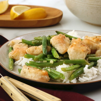 Watch: Lemon Chicken Stir-Fry with Green Beans