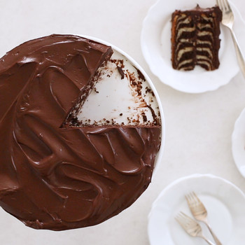 How To Make The Stripes In A Zebra Cake