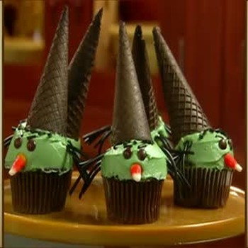 Martha Stewart's Wicked Witch Cupcakes with M&Ms