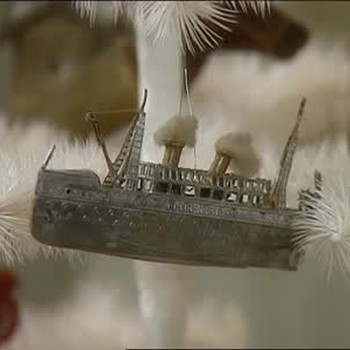 Tom Fox Shares his Dresden Ornament Collection