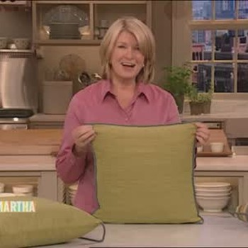 How to Embellish a Pillow and Make a Centerpiece