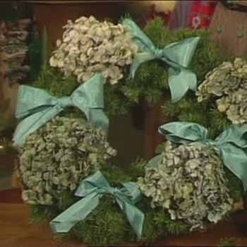 Christmas Wreaths, Ornaments and Other Decorations
