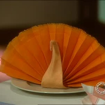 Ideas for Folding Napkins for Thanksgiving Tables