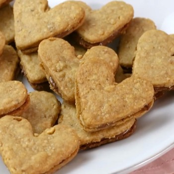 How to make Heart Sandwich Cookies