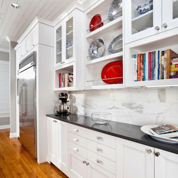 4 Kitchen Makeover Ideas That Turn Dark and Dreary Into Bright and Cheery