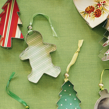 Good Things: 3 Christmas Tree Ornaments You Can Assemble Yourself