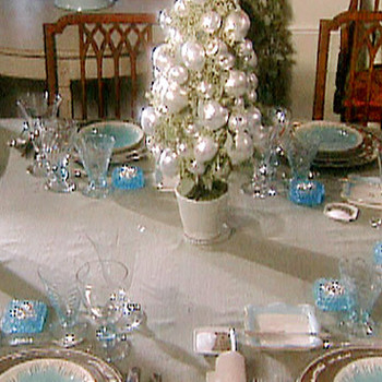 Martha's Christmas Table