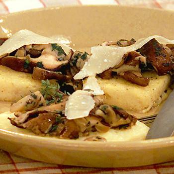 Sauteed Mushrooms With Polenta