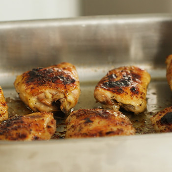 Easy Roasted Chicken Thighs Video