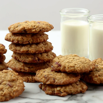 Oatmeal Cranberry Cookies Video