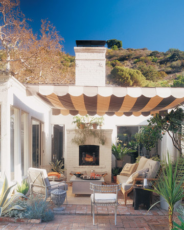 Hollywood Regency Outdoor Room