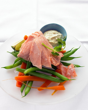 Poached Salmon with Curried Yogurt Sauce
