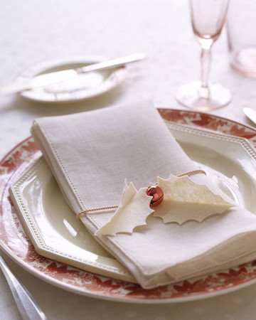Holly Napkin Holders
