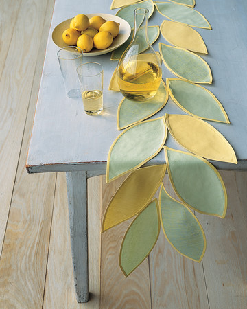 Summery Leaf -Shaped Table Runner