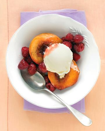 Vanilla-Roasted Peaches with Raspberries