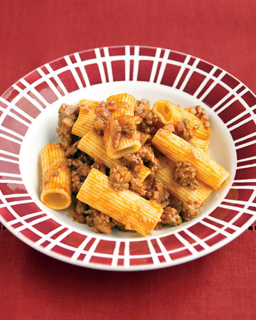 Rigatoni with Spiced Meat Sauce