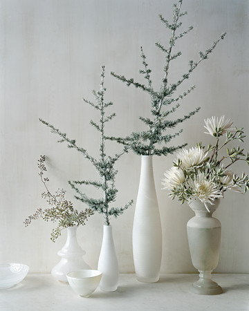 Easy, Wintry Floral Arrangements