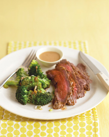 Steak with Peanut Sauce and Broccoli