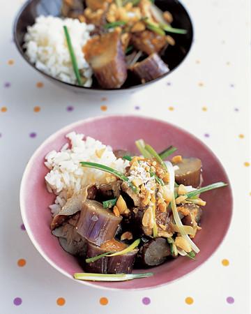 Steamed Eggplant and Mushrooms with Peanut Sauce