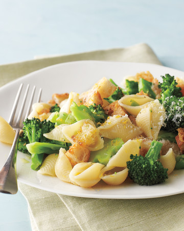 Broccoli Pasta with Parmesan Croutons