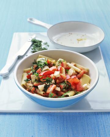 Rigatoni with Tomatoes and Mozzarella