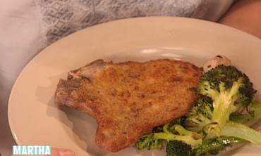 Breaded Pork Chops and Broccoli