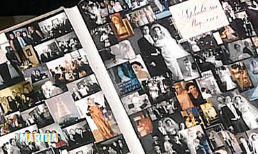 How to Create a Wedding Scrapbook