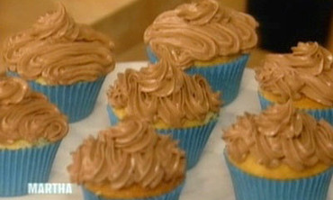 Mexican Chocolate Pudding-Filled Cupcakes, 2