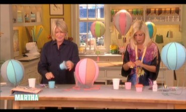 Papier-Mache Balloons with Tori Spelling
