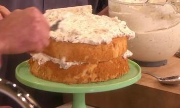 Mountain Crunch Cake