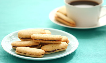 DIY Mint Milano Cookies
