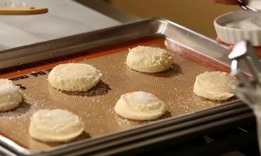 Make Lemon Sugar Cookies