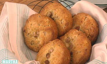 Pear-Ginger Corn Muffins