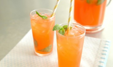 Strawberry-Mint Lemonade