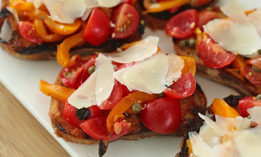 Grilled Pepper Bruschetta