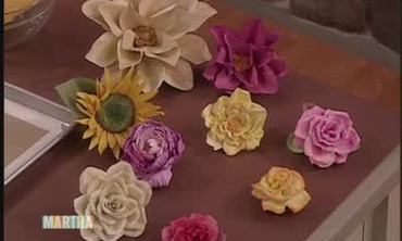 Video how to make crepe paper flowers video martha stewart related videos mightylinksfo