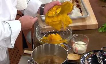 Thanksgiving Pumpkin Soup
