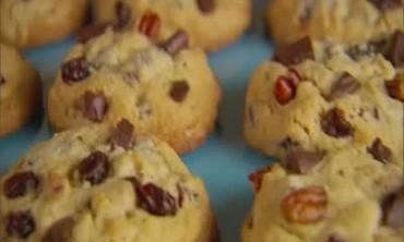How-to: Kitchen Sink Cookies