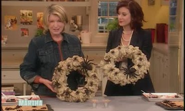 How to Make a Spider Wreath