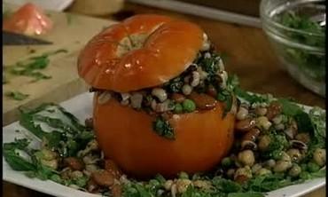Tomato Stuffed with Legumes