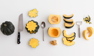 How to Cut an Acorn Squash