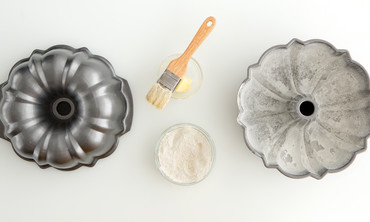 How to Prepare a Bundt Pan