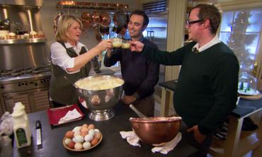 Classic Holiday Eggnog Recipe