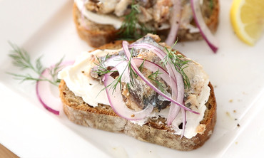Heart Healthy: Sardines on Rye