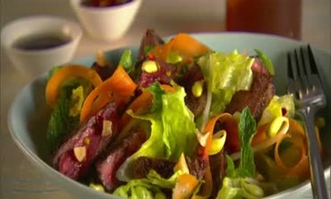 How to: Thai-Style Steak Salad