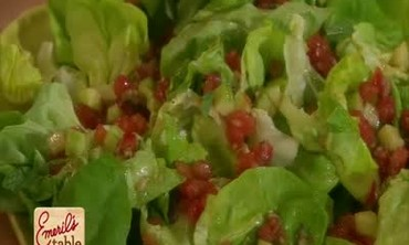 Salad With Tomato Vinaigrette