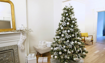 watch more videos from make it merry christmas tree decorating ideas and inspiration - Videos Of Decorated Christmas Trees