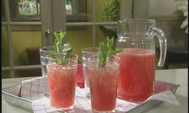 How to Make Watermelon Limeade