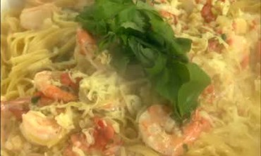 Pasta and Shrimp in Pink Sauce
